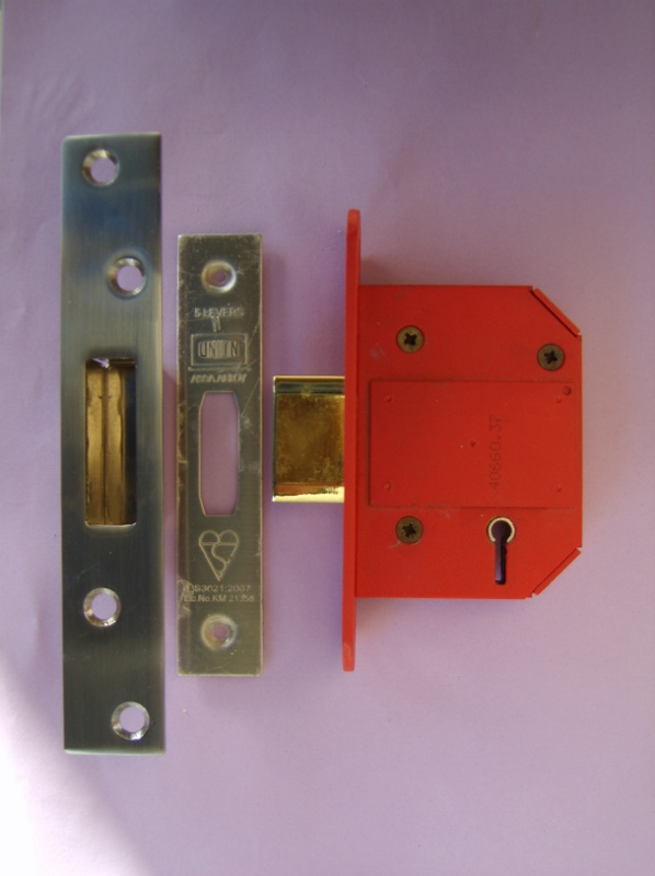 Union Deadlock - worth considering changing to this for a B.S.3621 lock.