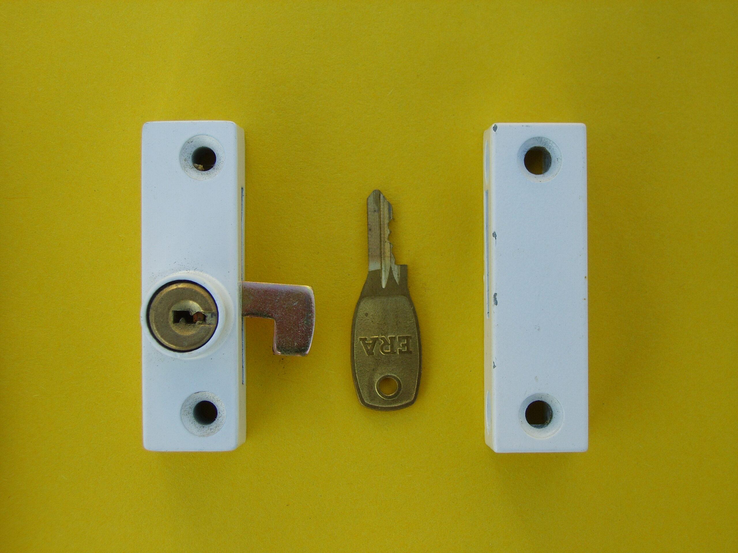 Hook lock for hinged window